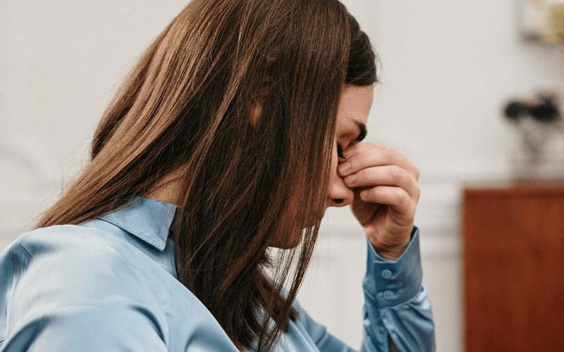Ayuda psicológica valencia: estrategias para lidiar con el nido vacío